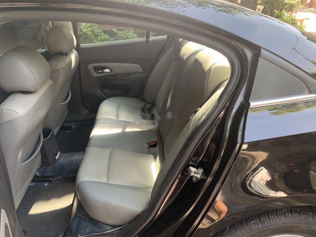 Bán Chevrolet Cruze 2014, màu đen ít sử dụng (8)