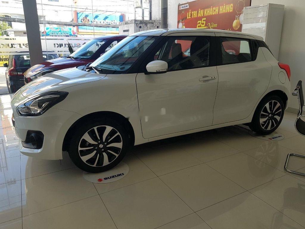 Cần bán xe Suzuki Swift sản xuất năm 2020, nhập khẩu (4)