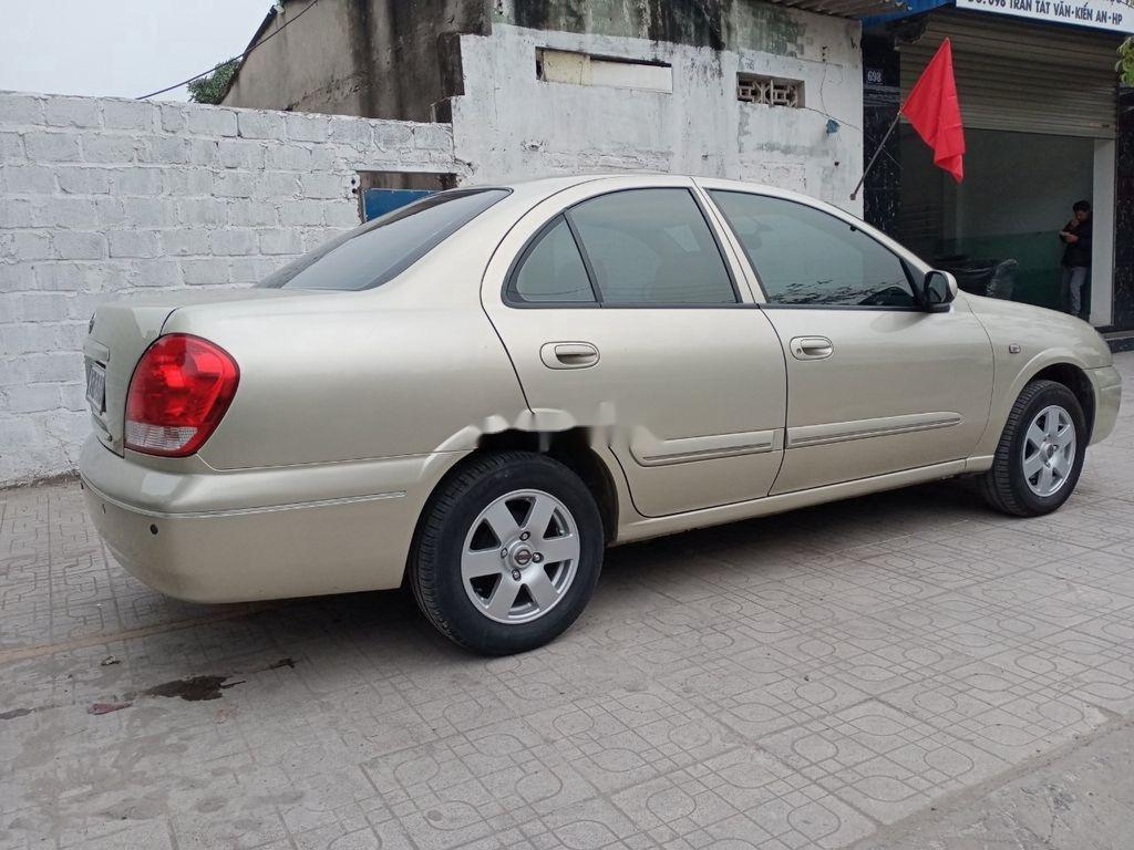 Cần bán xe Nissan Sentra năm 2009, màu vàng, nhập khẩu  (4)
