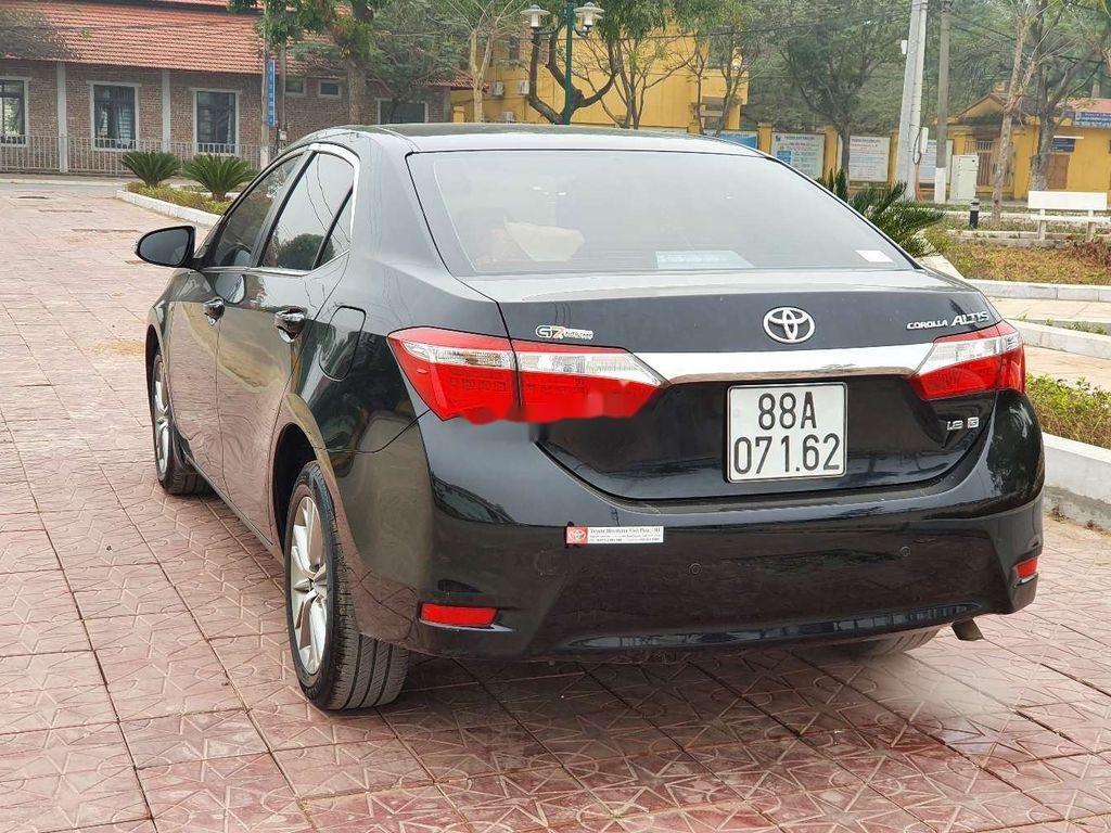 Cần bán gấp Toyota Corolla Altis năm 2014, giá mềm (3)