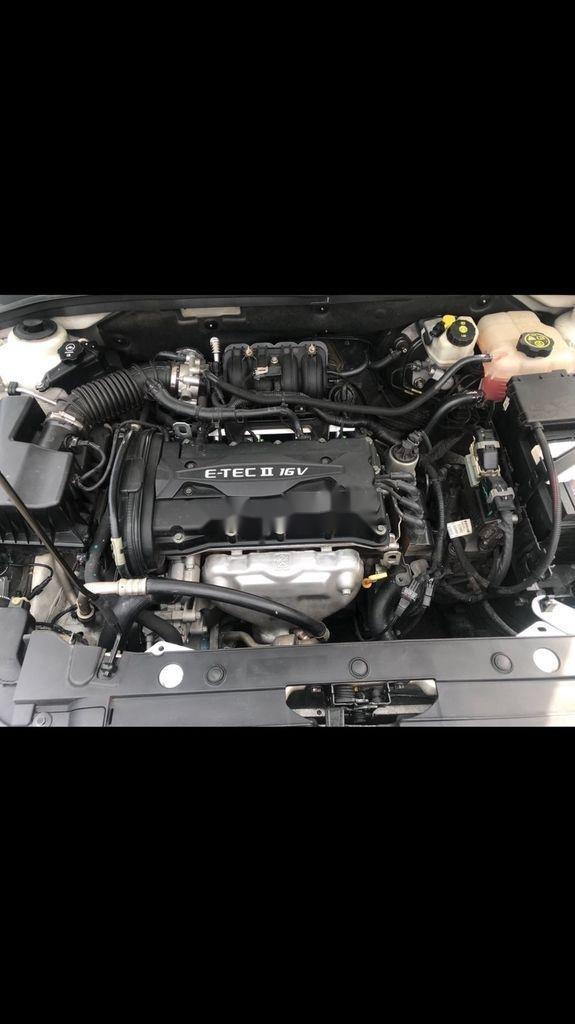 Bán ô tô Chevrolet Cruze 2016, màu trắng còn mới, giá tốt (2)
