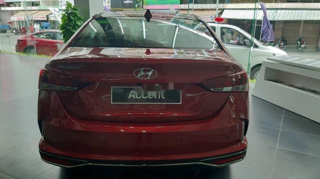 Cần bán xe Hyundai Accent năm 2020, màu đỏ, giá tốt (2)