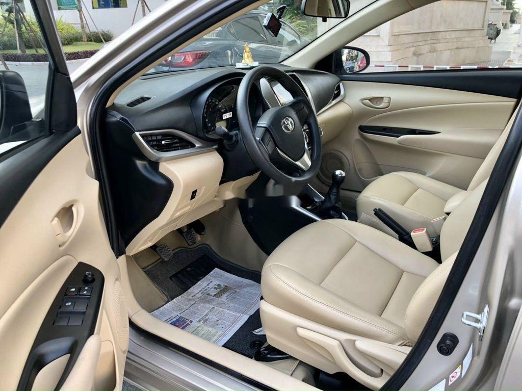 Cần bán xe Toyota Vios sản xuất 2019, giá mềm (3)