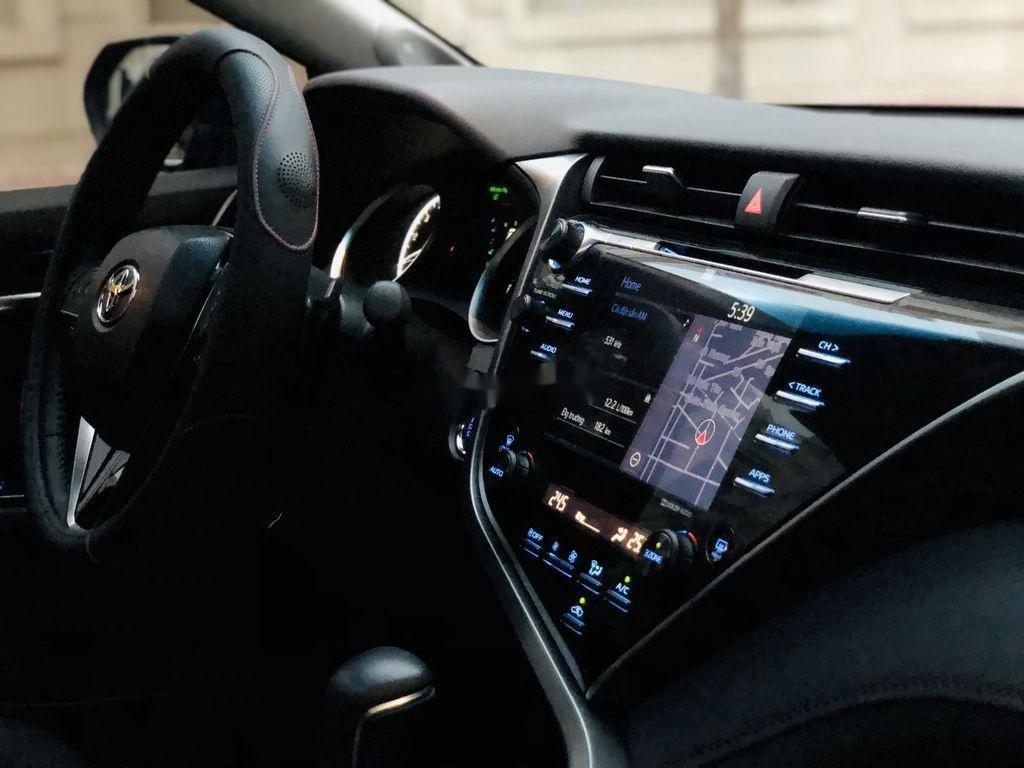 Bán ô tô Toyota Camry năm sản xuất 2019, nhập khẩu còn mới (11)