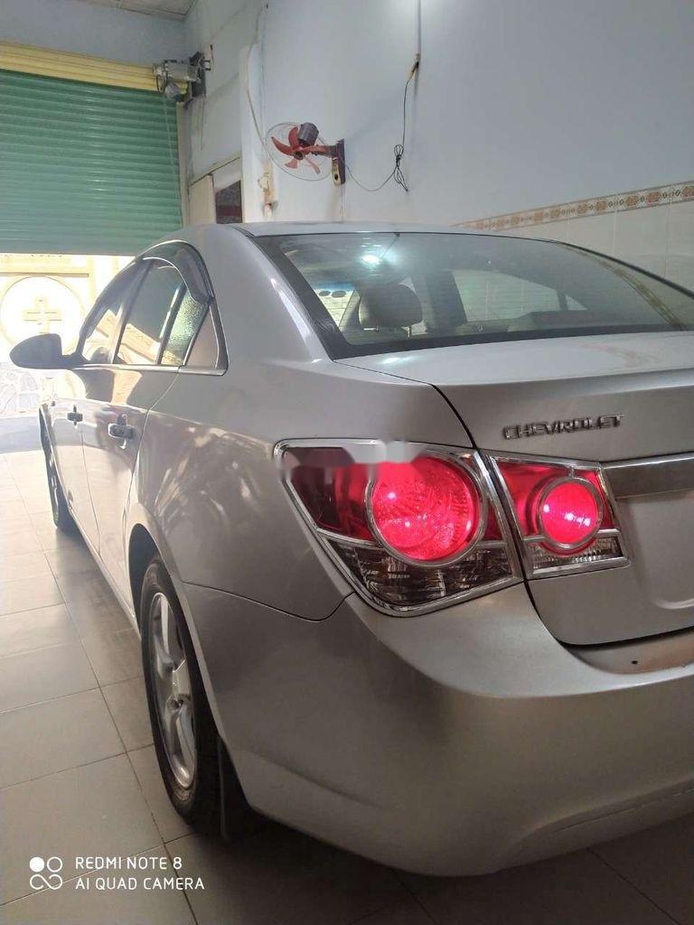 Bán ô tô Chevrolet Cruze đời 2012, màu bạc, xe gia đình  (3)