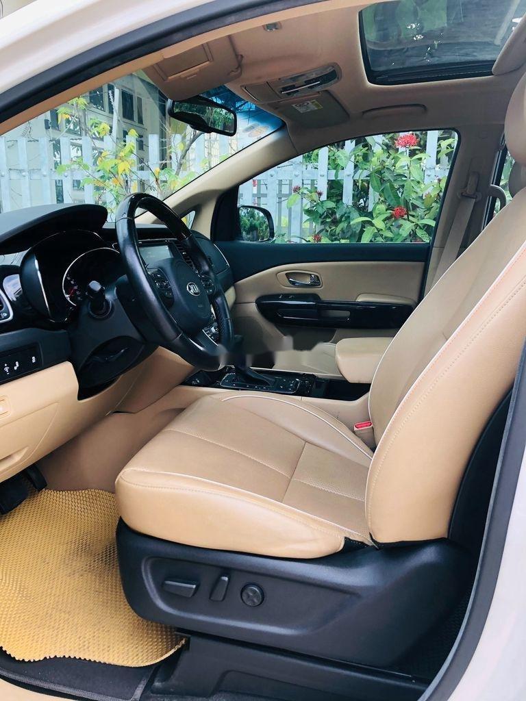 Bán Kia Sedona sản xuất năm 2018 còn mới (4)