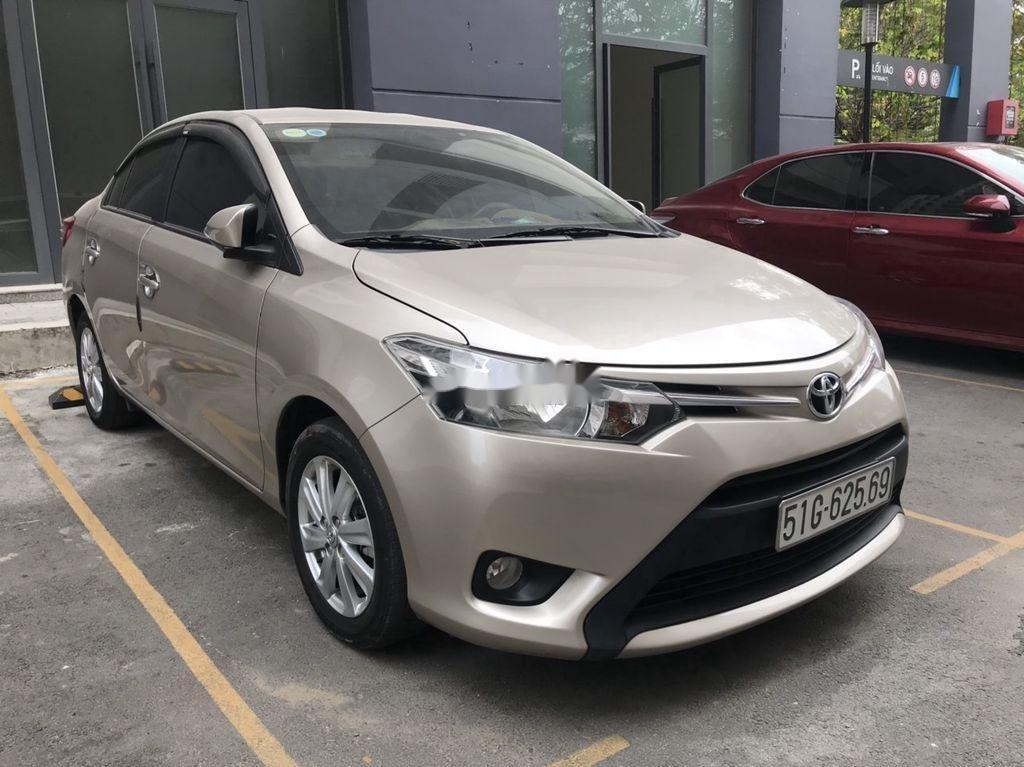 Cần bán Toyota Vios sản xuất 2018, giá  thấp (2)