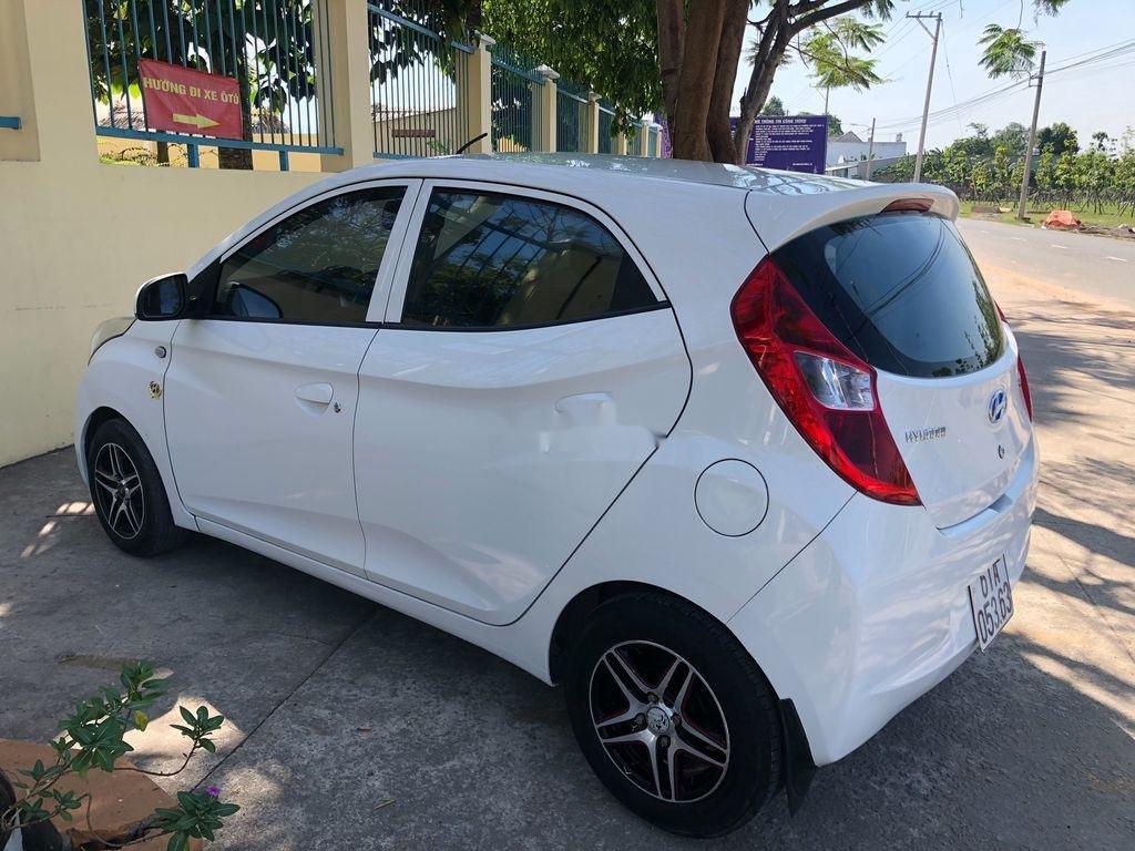 Cần bán xe Hyundai Eon sản xuất năm 2011, màu trắng (5)