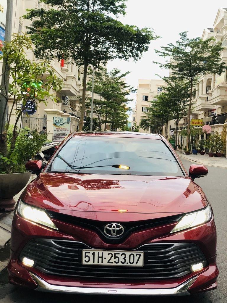 Bán ô tô Toyota Camry năm sản xuất 2019, nhập khẩu còn mới (1)