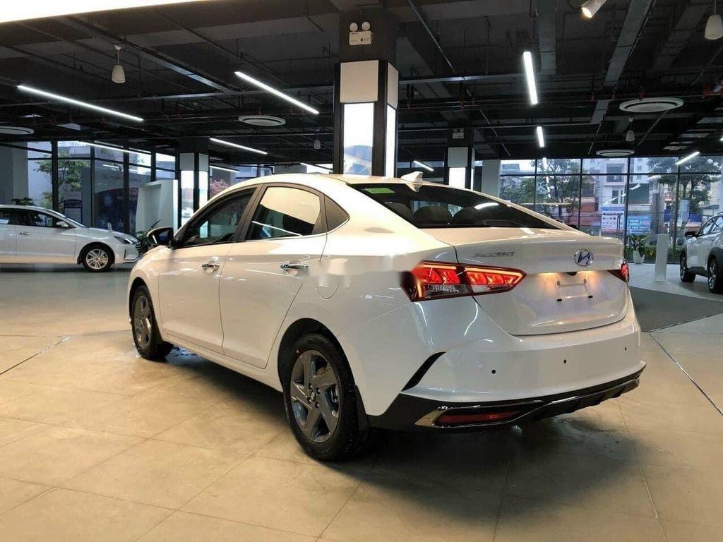 Cần bán Hyundai Accent 2021, xe nhập, giá ưu đãi (3)