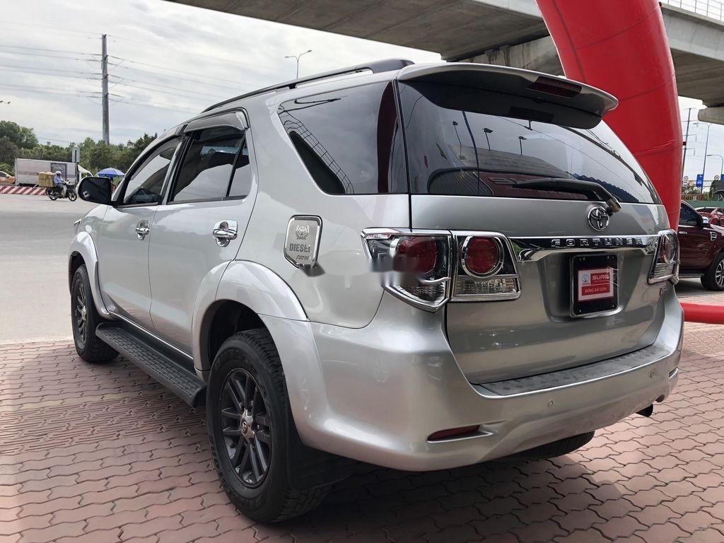Cần bán Toyota Fortuner năm sản xuất 2016, giá chỉ 760 triệu (5)
