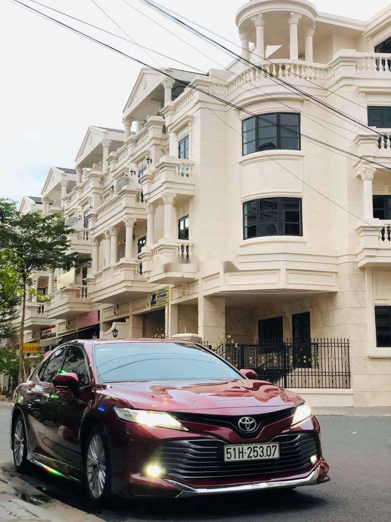 Bán ô tô Toyota Camry sản xuất 2019, nhập khẩu nguyên chiếc còn mới (3)