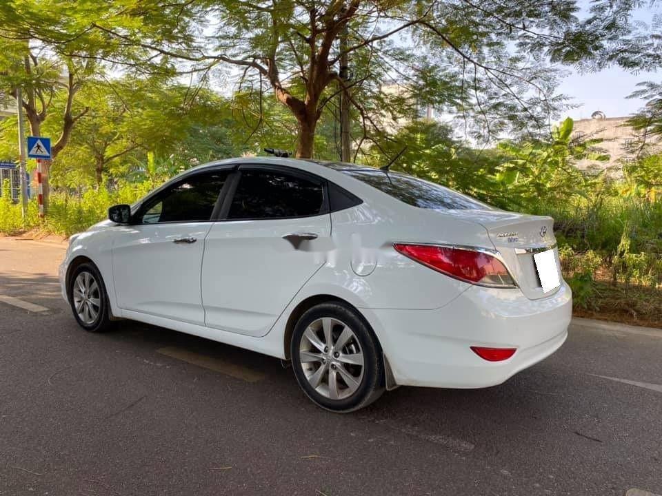 Bán Hyundai Accent sản xuất 2015, nhập khẩu nguyên chiếc (3)