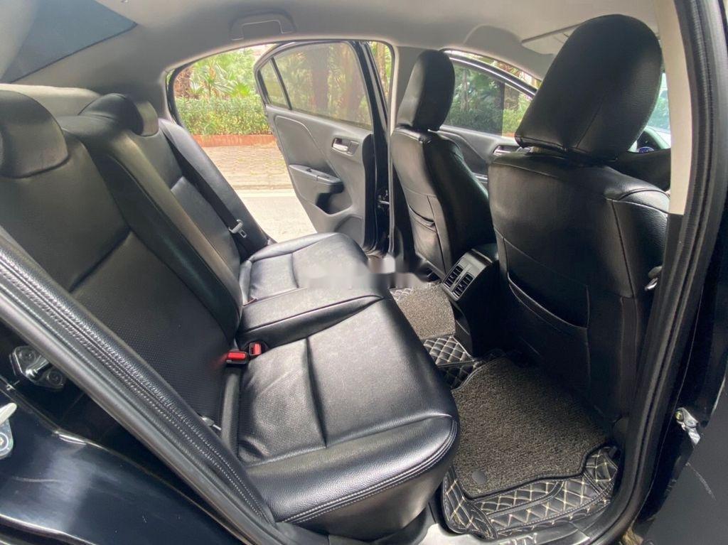 Xe Honda City sản xuất 2016, xe chính chủ giá thấp (10)