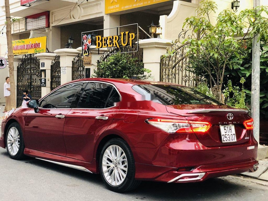Bán ô tô Toyota Camry năm sản xuất 2019, nhập khẩu còn mới (5)