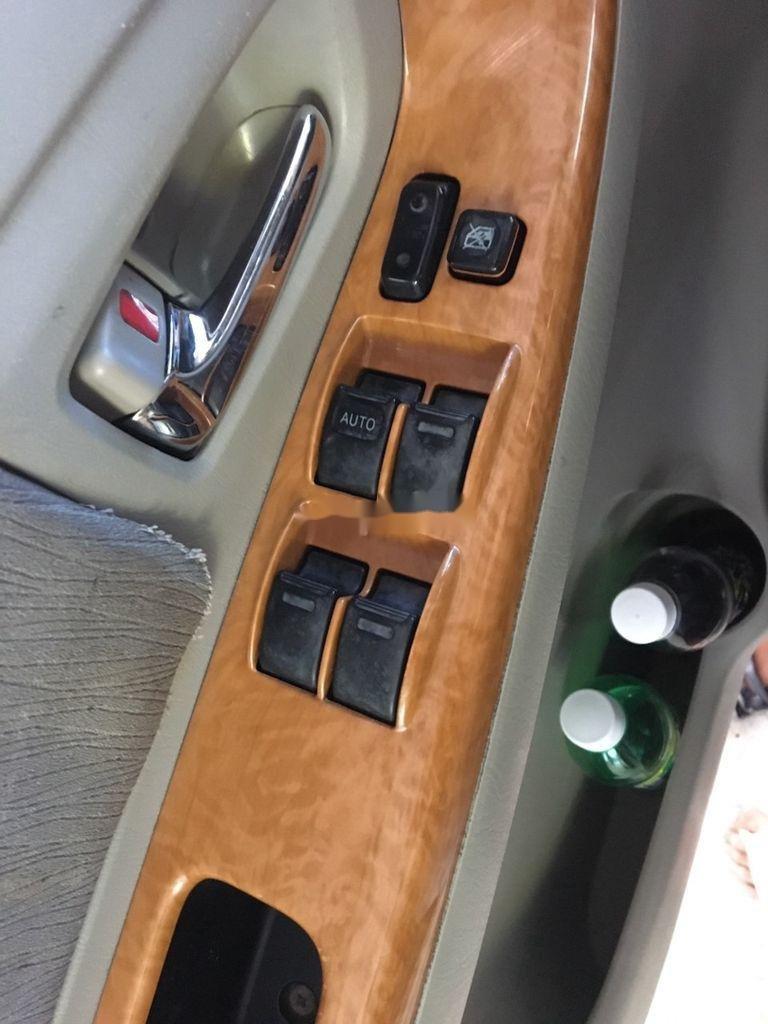 Bán Toyota Innova sản xuất năm 2009 còn mới (12)