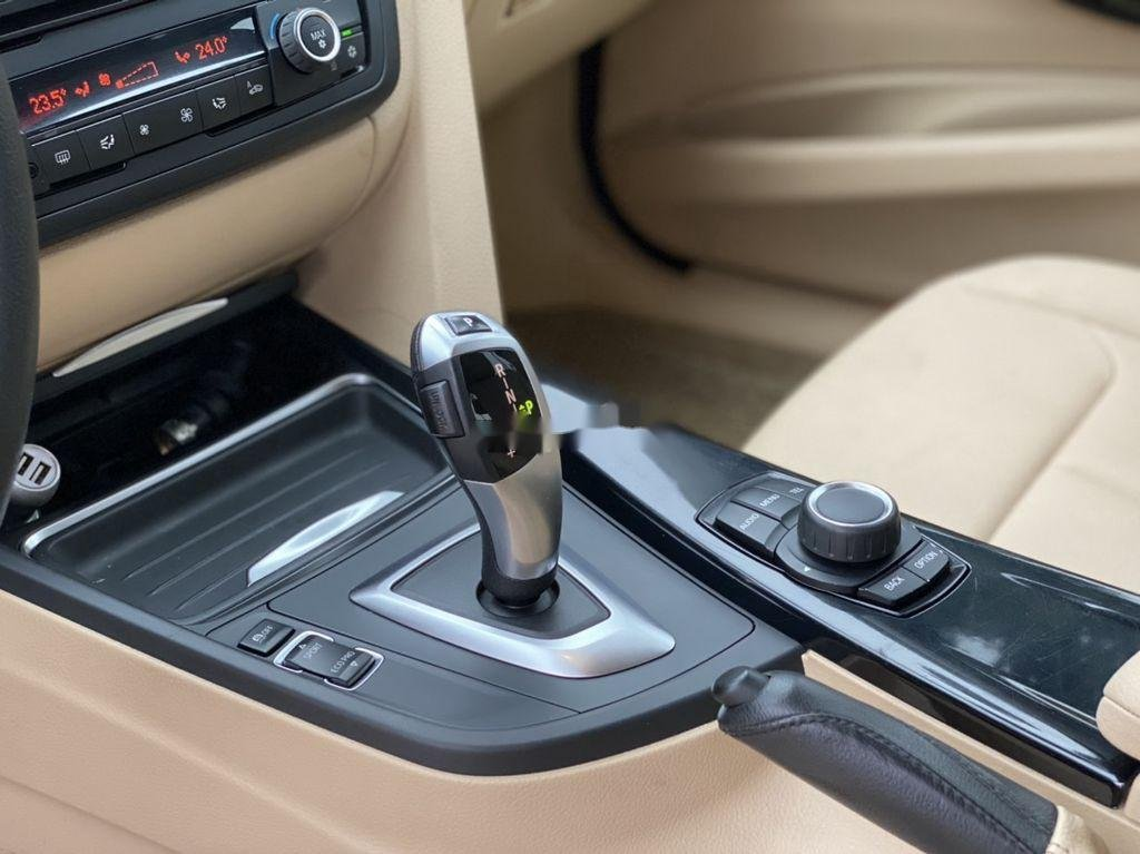 Bán BMW 3 Series 328i 2011, màu xám, xe nhập (10)
