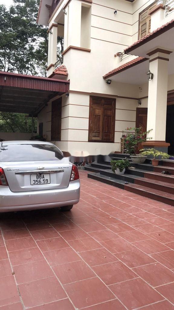 Cần bán xe Chevrolet Lacetti sản xuất 2012 còn mới (2)