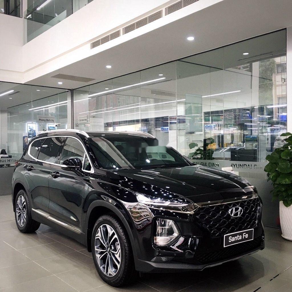 Cần bán Hyundai Santa Fe máy xăng tiêu chuẩn năm sản xuất 2020 giá cạnh tranh (1)