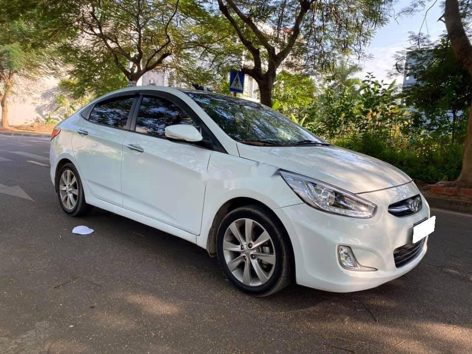 Bán Hyundai Accent sản xuất 2015, nhập khẩu nguyên chiếc (2)