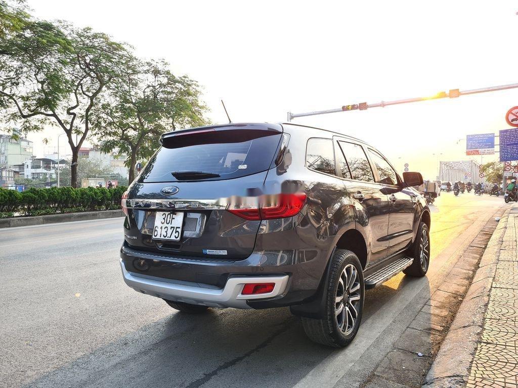 Cần bán xe Ford Everest 2.0 Titanium năm sản xuất 2018 (4)