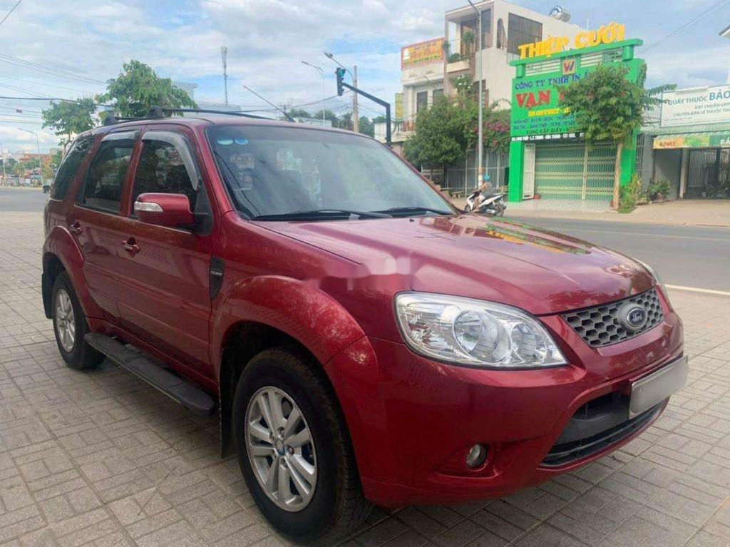 Cần bán lại xe Ford Escape 2011, màu đỏ chính chủ (2)