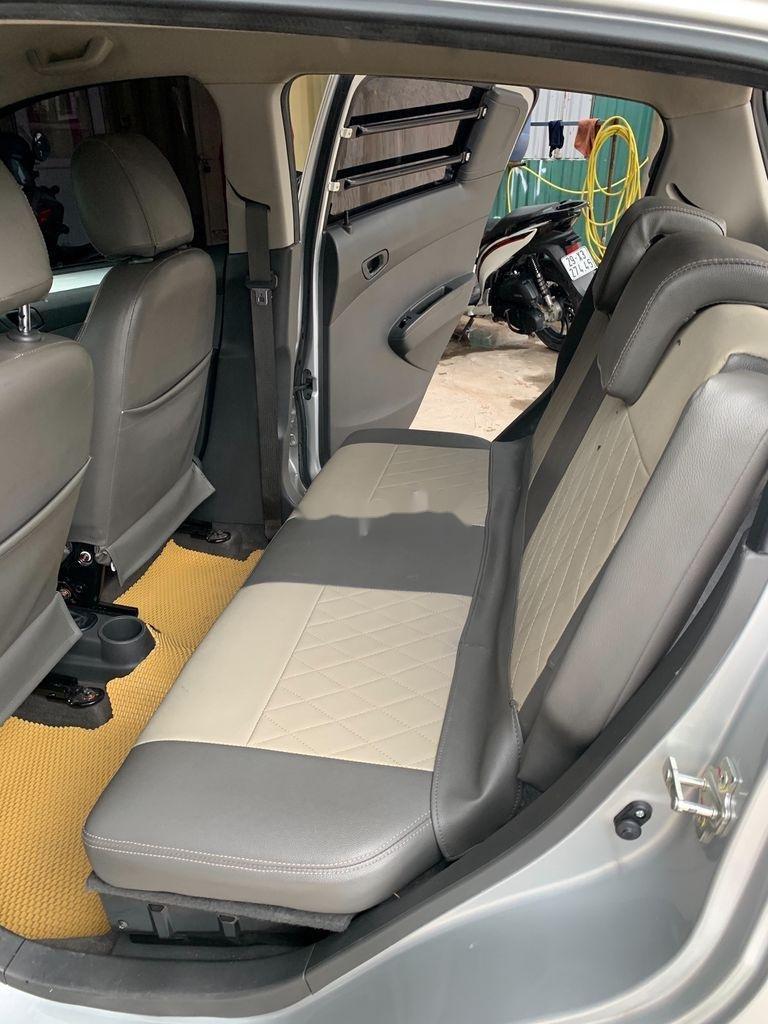 Cần bán xe Chevrolet Spark Van đời 2017, màu bạc, giá chỉ 176 triệu (7)