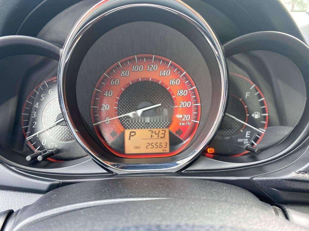 Bán xe Toyota Yaris 1.3G sản xuất năm 2016, nhập khẩu giá cạnh tranh (9)