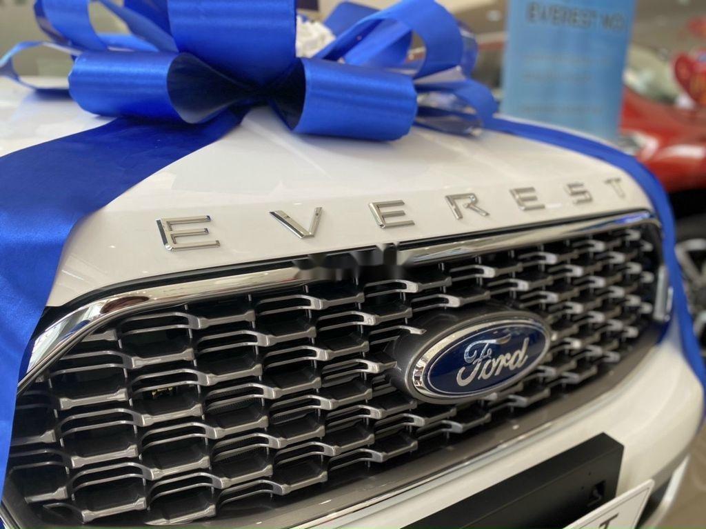 Bán ô tô Ford Everest Titanium sản xuất năm 2021 (8)