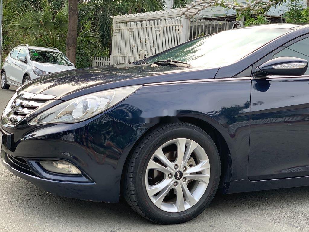 Cần bán Hyundai Sonata sản xuất 2010, xe nhập còn mới (7)