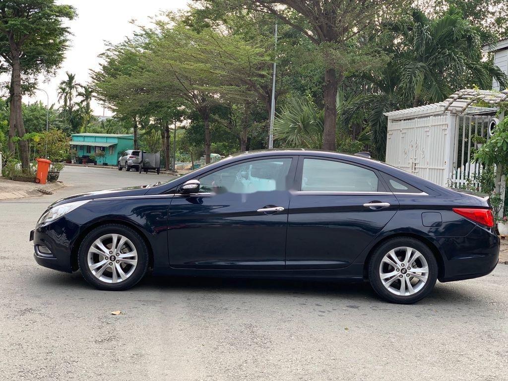 Cần bán Hyundai Sonata sản xuất 2010, xe nhập còn mới (3)