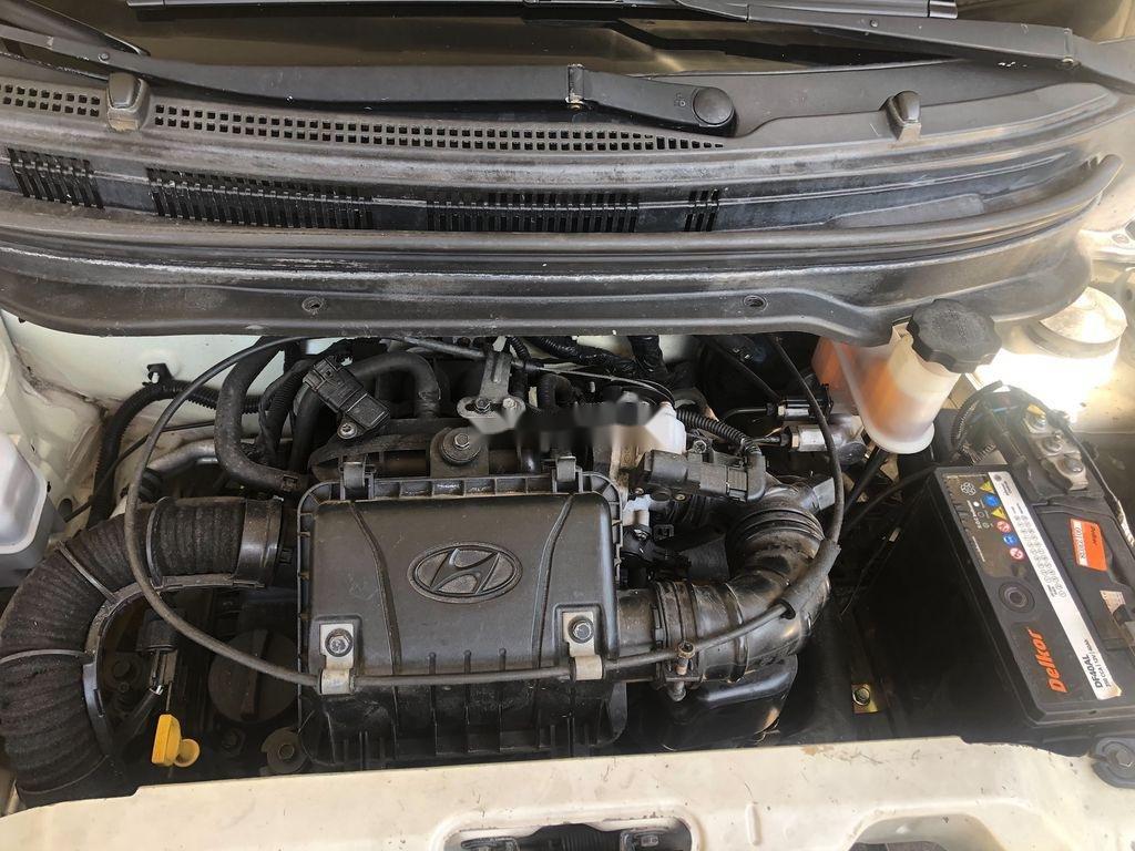 Cần bán xe Hyundai Eon sản xuất năm 2011, màu trắng (9)