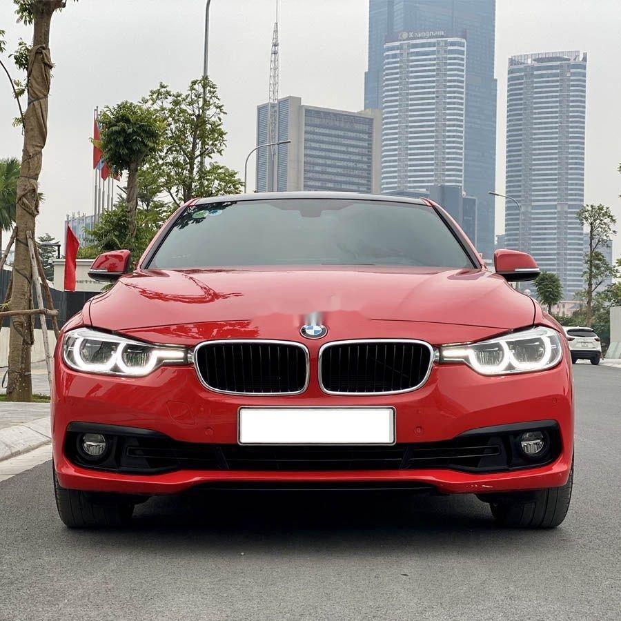 Cần bán xe BMW 3 Series 320i sản xuất năm 2017 (2)