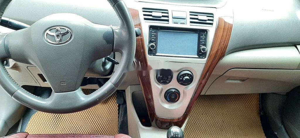 Bán Toyota Vios năm 2010 còn mới, giá tốt (4)