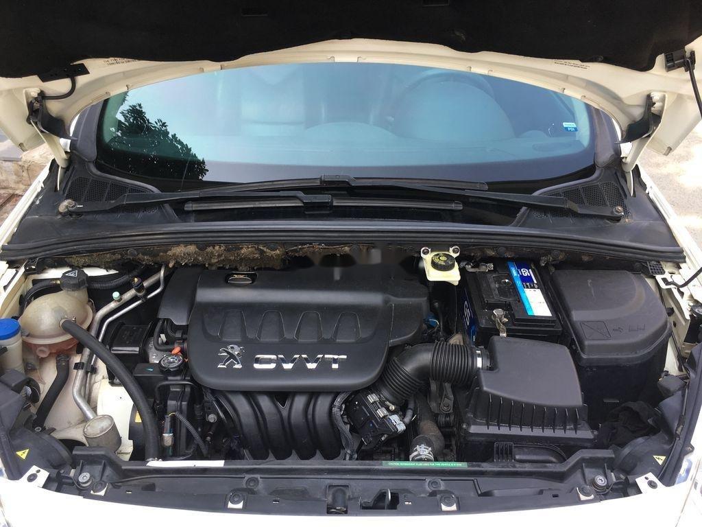 Cần bán lại xe Peugeot 408 sản xuất 2014, màu trắng ít sử dụng (10)