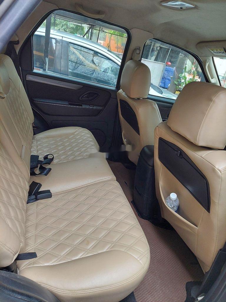 Bán xe Ford Escape sản xuất 2011 còn mới (3)