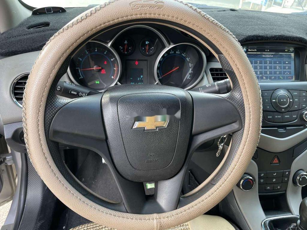 Bán Chevrolet Cruze đời 2012, màu bạc, nhập khẩu (6)
