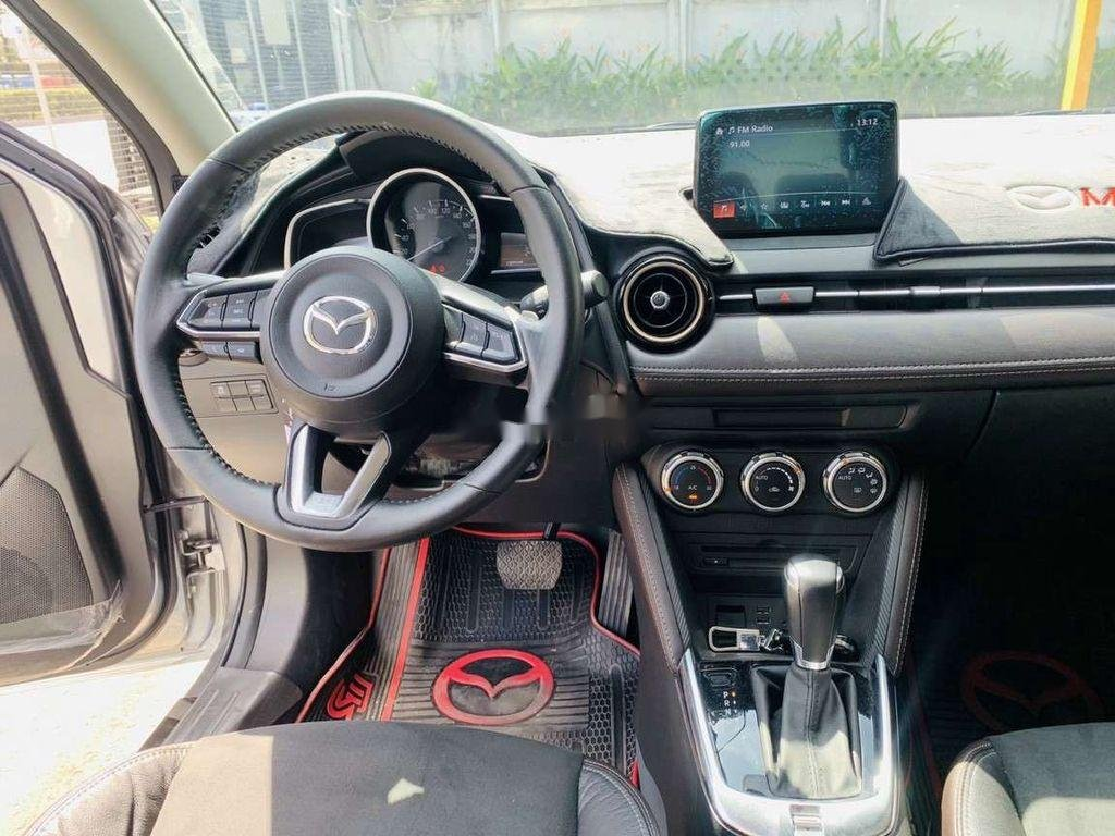 Xe Mazda 2 đời 2018, nhập khẩu nguyên chiếc chính chủ (5)