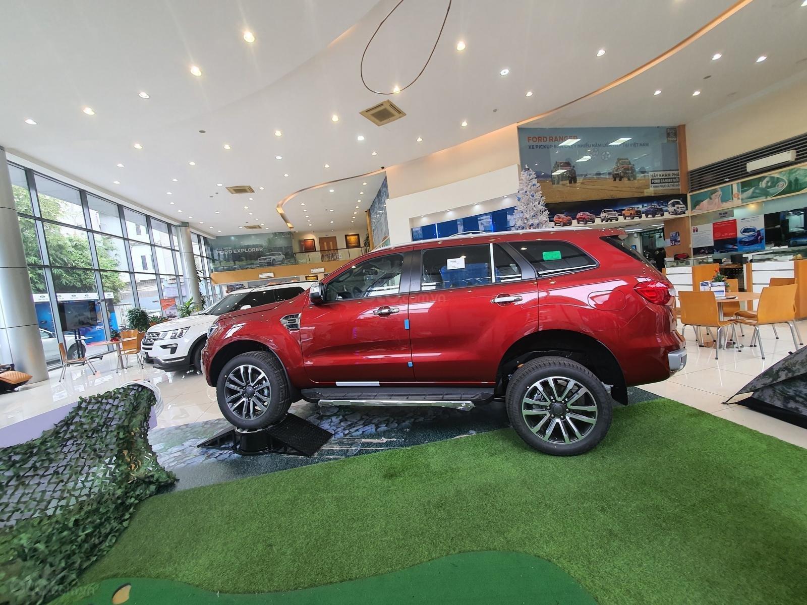 Ford Everest 2021 giá ưu đãi cực khủng với nhiều phần quà hấp dẫn - đủ màu giao xe ngay (4)
