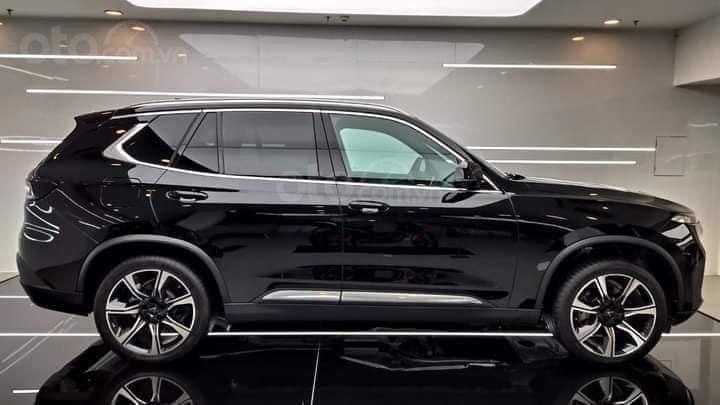Bán xe VinFast LUX SA2.0 sản xuất 2020, màu đen (4)