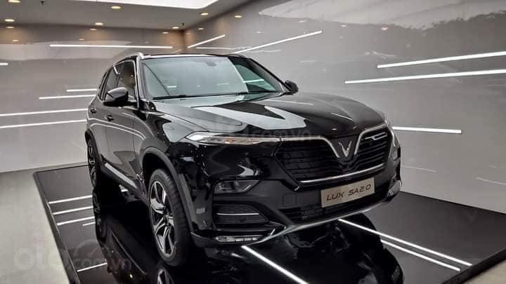 Bán xe VinFast LUX SA2.0 sản xuất 2020, màu đen (2)