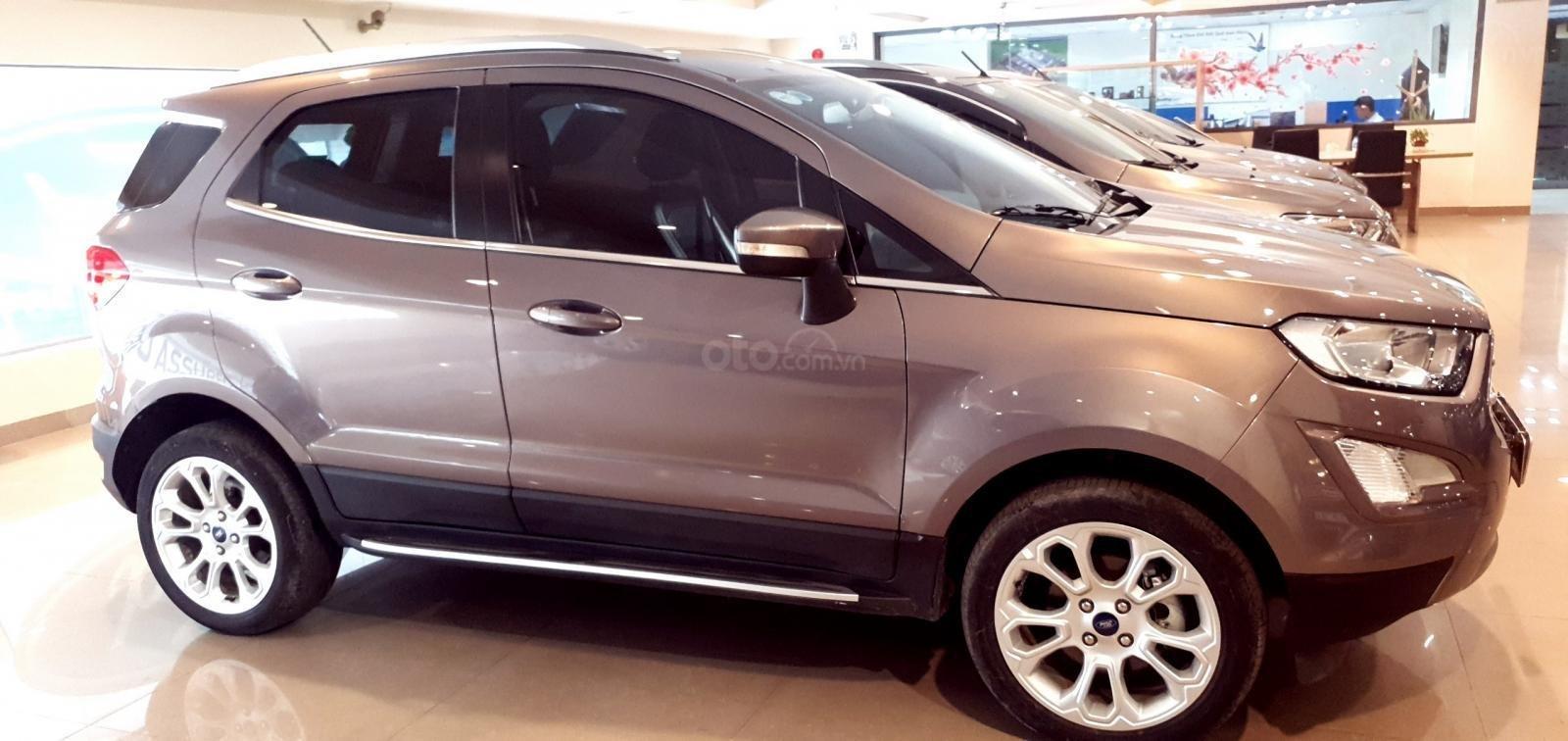 Ford Ecosport Titanium nâu 2018 xe đẹp cần tìm chủ (1)