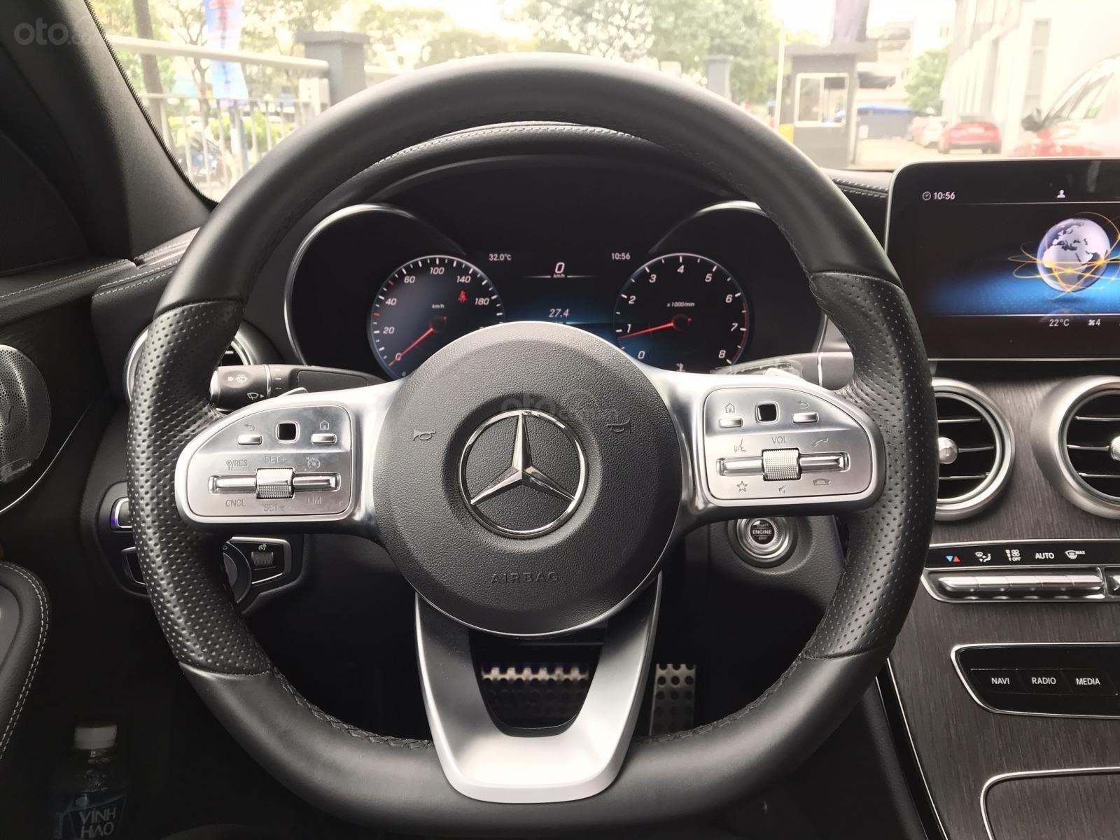 Mercedes C300 xanh đen demo chính hãng, chạy ít (10)