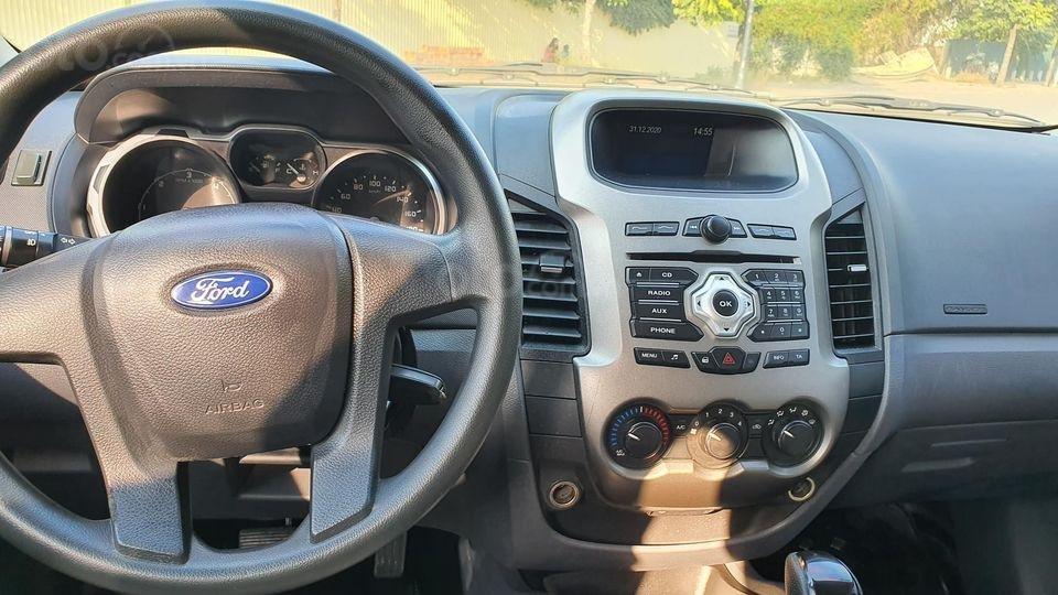 Bán Ford Ranger đời 2014, màu xanh đen, nhập khẩu (4)