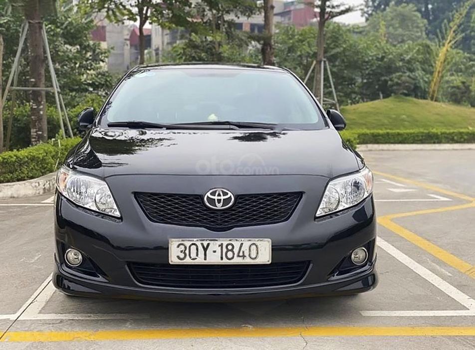 Xe Toyota Corolla Altis năm 2010, màu đen, giá mềm (6)
