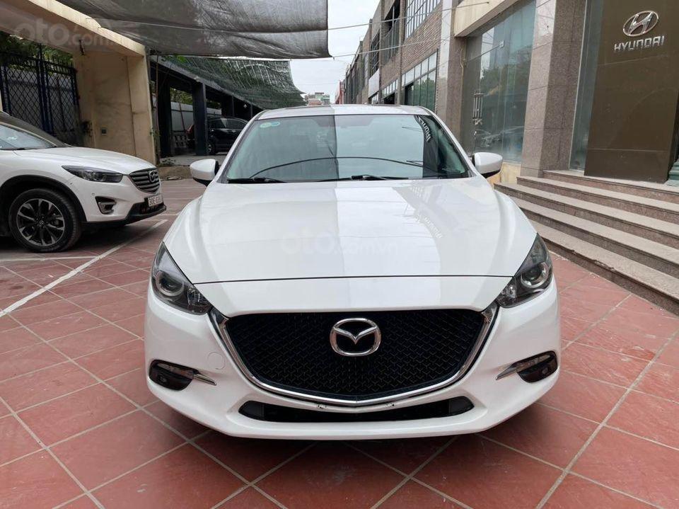 Bán Mazda 3 1.5AT Premium sản xuất 2017, màu trắng (1)