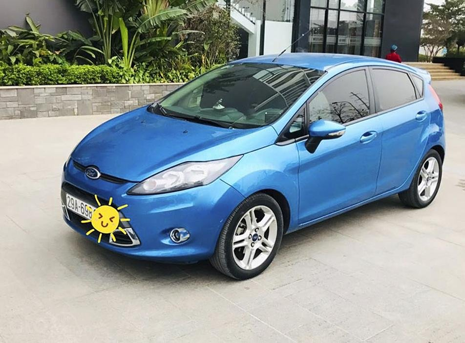 Cần bán gấp Ford Fiesta S 1.5 AT sản xuất 2013, màu xanh lam (1)