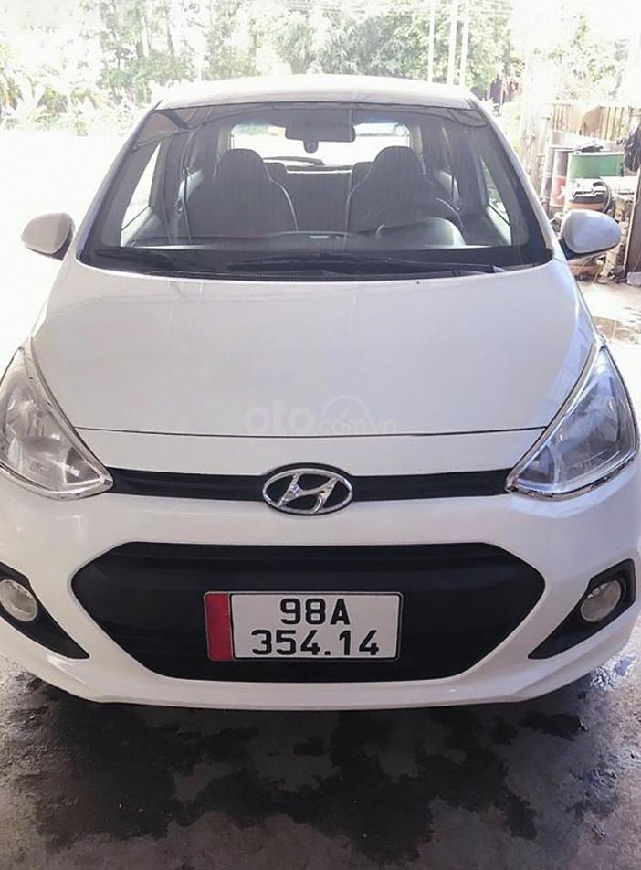 Cần bán xe Hyundai Grand i10 năm 2014, màu trắng (1)