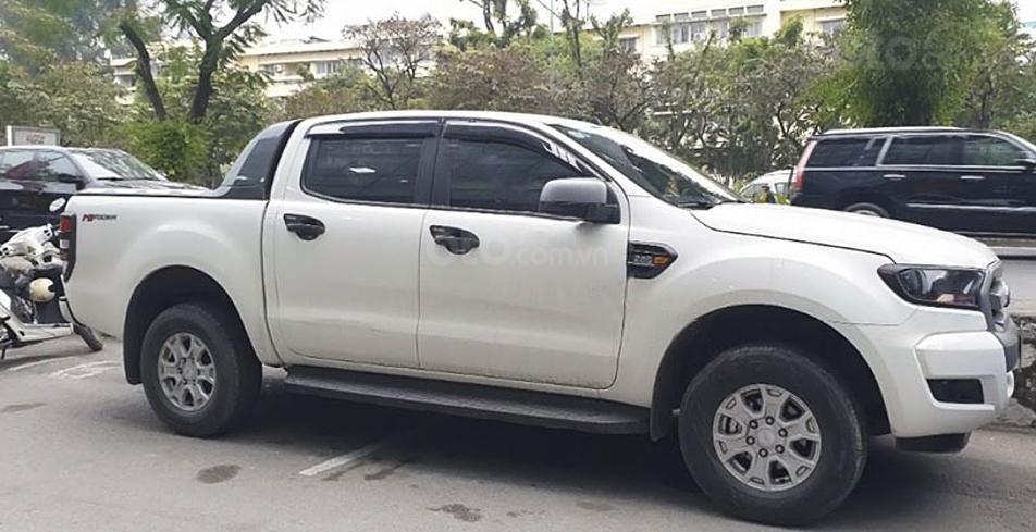 Bán Ford Ranger năm 2017, màu trắng, xe nhập, 585 triệu (1)