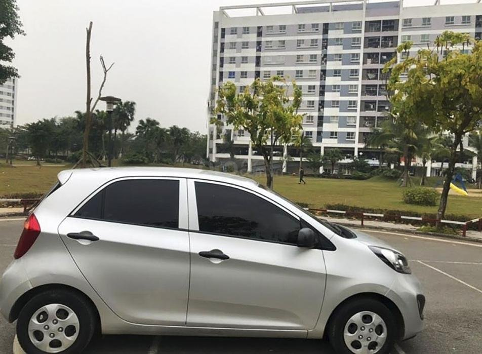 Cần bán Kia Morning sản xuất 2013, màu bạc, xe nhập, giá tốt (4)
